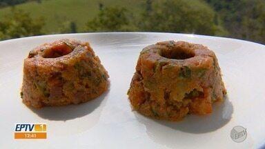 Prato Feito: aprenda receita rápida e prática de cuscuz - Fernando Kassab mostra como deixar a hora do almoço mais saborosa.