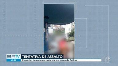 Homem é baleado no rosto em ponto de ônibus no bairro do Canela, em Salvador - Segundo a polícia, a vítima sofreu uma tentativa de assalto.
