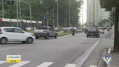 Confira o tráfego pelas ruas de São Vicente durante a manhã desta quarta-feira (24) - Confira o trânsito na Linha Amarela e em ruas de São Vicente.