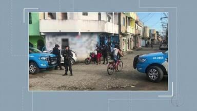 Policiamento é reforçado em bairro de Macaé e Rio das Ostras, no RJ - Assista a seguir.