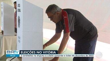 Sócios do Vitória elegem o novo presidente do clube nesta quarta - Votação acontece no estádio do Barradão. Torcedores puderam escolher entre quatro concorrentes.