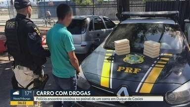 PRF apreende 10 kg de pasta base para cocaína em Duque de Caxias - O flagrante aconteceu durante uma abordagem dos policiais na Rodovia Washington Luís.