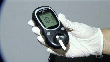 Pesquisa mostra que 20% dos brasileiros podem ter diabetes - Levantamento mostrou que um em cada cinco entrevistados tem a taxa considerada alta de glicose no sangue. 68% dos entrevistados admitiram que são sedentários.