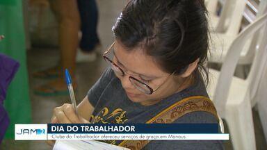 Clube do Trabalhador ofereceu serviços de graça em Manaus nesta quarta (1) - No Amazonas, março teve saldo positivo de 157 novos empregos.