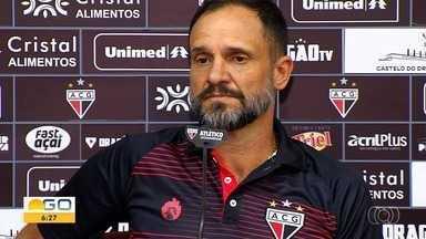 Atlético-GO enfrenta o Coritiba em Goiânia - É a primeira partida do time no Aciooly na Série B.