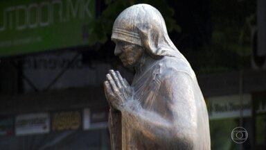 Madre Teresa de Calcutá nasceu na Macedônia do Norte - A santa católica é uma das figuras mais adoradas do país, que tem a tolerância religiosa parte da característica da cultura.
