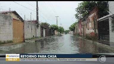 Famílias retornam a suas casas depois de alagamentos em Parnaíba - Famílias retornam a suas casas depois de alagamentos em Parnaíba