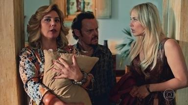 Socorro obriga Olegário a dar TV para Marylin - Francis fica encantado por Marylin. Olegário manda Jujuba dar um jeito de comprar uma TV com a verba da prefeitura