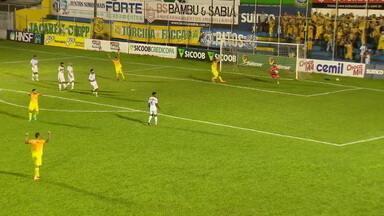 Brasiliense chega a segunda vitória na Série D contra o URT - Brasiliense chega a segunda vitória na Série D contra o URT