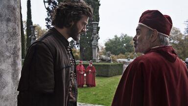 A Cúpula E A Casa - Quando a guerra contra Milão leva Florença ao caos, Cosimo impulsiona a moral da população e a economia da cidade investindo na construção da cúpula da catedral.
