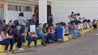 Taxa de desemprego cresceu nas cinco regiões do país, no primeiro trimestre - Números divulgados hoje pelo IBGE também mostram que um em cada quatro desempregados procura emprego há pelo menos dois anos