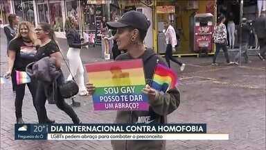 Segundo a ONU, Brasil é um dos países que mais agridem LGBTI no mundo - Em 2017, só em São Paulo, foram registradas 174 denúncias de discriminação e 97 de violência física.