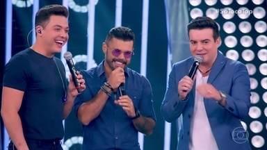 Marcos & Belutti lembram parceria com Wesley Safadão em 'Aquele 1%' - Dupla lembra de primeiro grande sucesso: 'Domingo de Manhã'