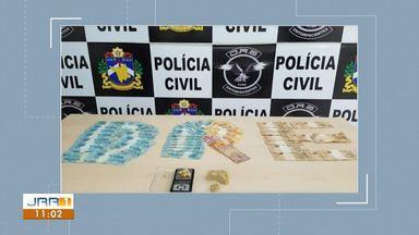 Mulher é presa com droga e dinheiro na zona Oeste de Boa Vista - De acordo com a Polícia Civil, ela gerenciava uma boca de fumo na própria casa.