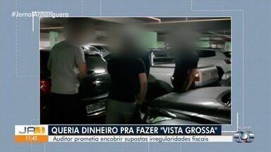 Auditor fiscal é preso em Goiânia suspeito de cobrar dinheiro para relevar irregularidades - Auditor da Sefaz-GO prometia encobrir supostas irregularidades fiscais de empresas em Goiás.