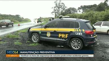 Polícia acredita que falta de manutenção possa ter causado acidente na BR-277 - PRF diz que pneus carecas podem ser causa de acidente nos campos gerais.