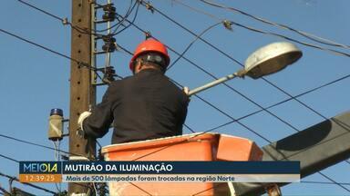 Mutirão da iluminação vai para a região Oeste de Cascavel - Mais de 500 lâmpadas, que estavam queimadas, foram trocadas na região Norte. Em toda a cidade, são mais de 500 pontos com problema.