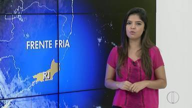 Confira a previsão do tempo para o interior do Rio nesta sexta-feira (24) - Frente fria deve chegar ao interior do estado nesta sexta e mudar o tempo no começo do sábado (25).