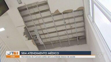 Moradores de Caruara, em Santos, estão sem Unidade Básica de Saúde - População da Área Continental da cidade fica sem UBS após parte do teto de algumas salas cair.