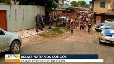 Dupla invade casa e mata jovem a tiros em área periférica de Macapá - Crime aconteceu na tarde desta quinta-feira (23), no bairro Congós, Zona Sul da capital.