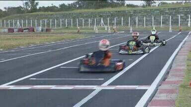 Kartódromo do Caça e Pesca recebe 3ª etapa da Copa Speed de Kart - Ao todo, 25 pilotos competem em três categorias