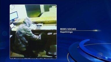 Vídeo mostra recepcionista de hotel em luta corporal com ladrão após reagir a assalto - A câmera de segurança de um hotel registrou o momento em que o recepcionista do estabelecimento entrou em luta corporal com um ladrão após reagir ao assalto em Itapetininga (SP), nesta sexta-feira (24).