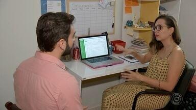 Especialistas alertam sobre rotina de microempreendedores que trabalham em home office - Especialistas alertam sobre rotina de microempreendedores que trabalham em home office.