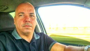 Morte de Robson Giorno, dono de um jornal em Maricá, é investigada pela polícia - O crime aconteceu em frente à casa de Robson Giorno, quando chegava em casa na noite de sábado (25), no bairro do Boqueirão. Ele estava saindo de casa quando um carro prata parou e um homem encapuzado fez os disparos.
