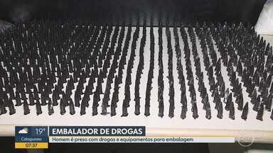 Suspeito de tráfico de drogas é preso com 700 pinos de cocaína na Região Oeste de BH - De acordo com a PM, corporação chegou até ele por uma denúncia anônima.