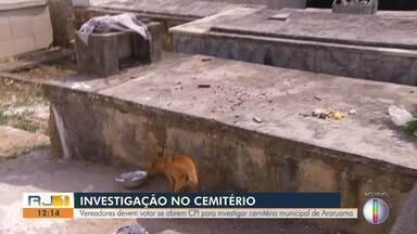 Vereadores devem votar se abrem CPI para investigar cemitério municipal de Araruama, no RJ - Túmulos abertos, caixões quebrados e ossadas espalhadas foram encontrados no local.