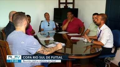 Copa Rio Sul de Futsal: reunião decide árbitros da final do torneio - Participaram da decisão integrantes da comissão de arbitragem e representantes da organização do evento.