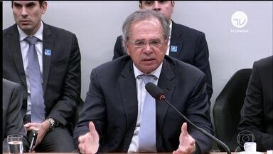 Governo manda ao Congresso plano de ajuda para estados endividados - Entre as principais despesas dos estados estão os gastos com pessoal. O ministro da Economia, Paulo Guedes, falou sobre Previdência em audiência na comissão de orçamento.