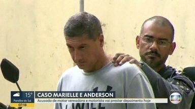 Ronnie Lessa vai prestar depoimento sobre as mortes de Marielle Franco e Anderson Gomes - Ex-pm é acusado de matar a vereadora e o motorista