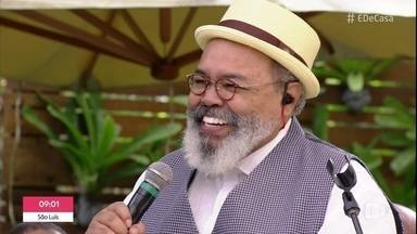 Jorge Aragão abre o 'É de Casa' com música - Sambista vem trazendo boa música e simpatia para a sua manhã de sábado
