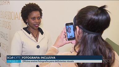 Oficina ensina deficientes visuais a fotografar - As pessoas aprenderam técnicas de fotografia sem enxergar.