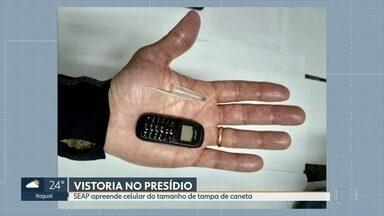 Mini celular é apreendido durante vsitoria em presídio - Aparelho do tamanho da tampa de caneta foi apreendido na Penitenciária Milton Dias Moreira, em Japeri