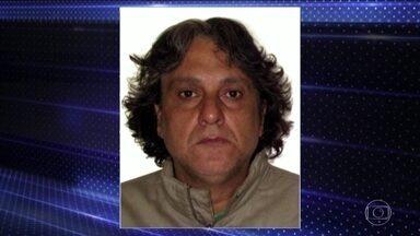Polícia procura homem que matou o namorado da filha e os pais em São Paulo - Paulo Cupertino Matias já tem passagens pela polícia; ele não aceitava o namoro da filha.