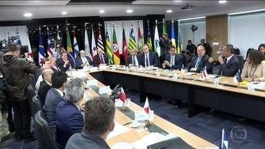 Em Brasília, governadores reforçam apoio no texto da Previdência - Grupo também pediu mudanças, como retirar da proposta o BPC, a aposentadoria rural e o sistema de capitalização, além de incluir a mudança de regras por projeto de lei.