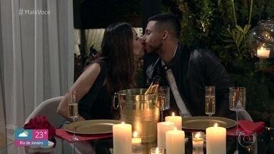 Nicole chega para o jantar romântico com Pedro - Casal passa por momentos tensos na 'Casa de Cristal' e Nicole faz jogo duro com Pedro