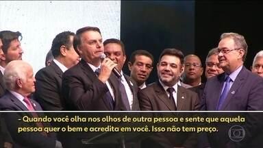 Presidente Bolsonaro faz defesa enfática do ministro Sérgio Moro - É a primeira vez que o presidente fala sobre o vazamento de supostas conversas entre o então juiz e procuradores da Lava Jato: 'Fui com ele no Mané Garrincha. Fomos aplaudidos'.