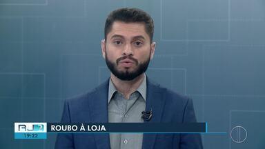 Bandidos levam 41 mil de estabelecimento em Petrópolis, no RJ - Caso aconteceu na madrugada deste sábado (15).