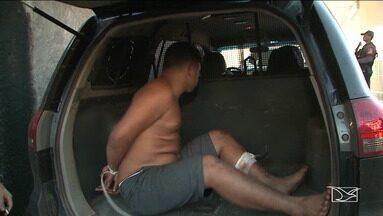 PM é baleado durante confronto com bandidos em São Luís - Três homens foram presos e também foram atingidos a tiros pelos policiais.
