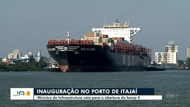 Depois de 11 anos de espera, Porto de Itajaí entrega obra do berço 4 - Depois de 11 anos de espera, Porto de Itajaí entrega obra do berço 4