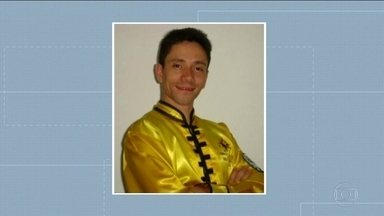 Justiça decreta a prisão de professor de kung fu suspeito de abusar de alunas - Pelo menos dez mulheres contaram à polícia que foram abusadas por um homem que trabalha em três academias das zonas leste e norte da capital.