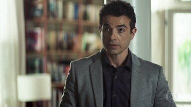 Márcio tenta se reconciliar com Silvia - Amadeu cuida de Gilda e descobre que a esposa precisa fazer radioterapia