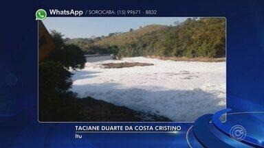 Rio Tietê fica coberto por camada de espuma branca em Itu - O tempo seco fez a temperatura aumentar na região de Sorocaba (SP) nesta quinta-feira (20). Com o calor, o Rio Tietê ficou coberto por uma camada de espuma branca em Itu (SP).