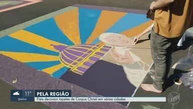 Paróquias mantêm a tradição dos tapetes de Corpus Christi na região de Ribeirão Preto - Católicos celebram a data com missas e procissões.
