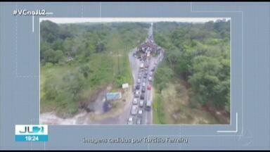 Protesto interdita acesso à ilha de Mosqueiro em Belém - O trânsito foi bastante complicado no feriado.