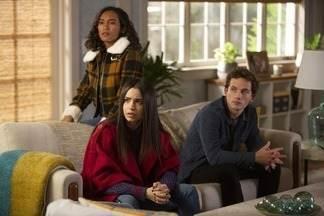 A Sonata Fantasma - Alison procura Taylor, segredos enterrados ameaçam a amizade de Caitlin, Ava e Dylan, enquanto eles apertam o laço em torno do suspeito número um.