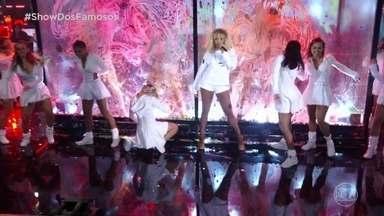 Ludmilla homenageia Rihanna no 'Show dos Famosos' - A cantora agita o público do auditório